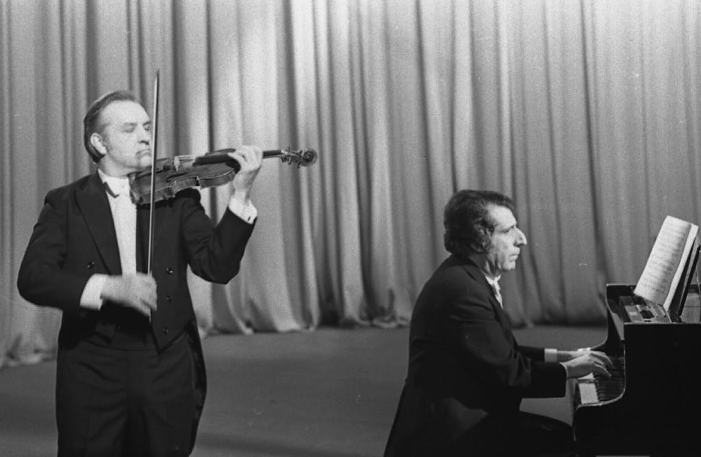 Valery Klimov (left) & Arno Babajanyan (right)